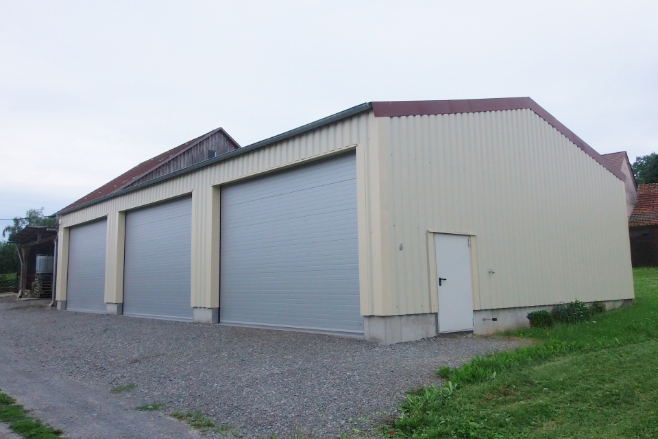 Lagerhalle-Typ-FB-_1_-revol_slider